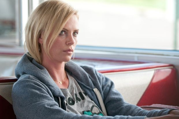 Charlize Theron plays Mavis Gary in YOUNG ADULT.© 2011 Paramount Pictures and Mercury Productions, LLC. All Rights Reserved