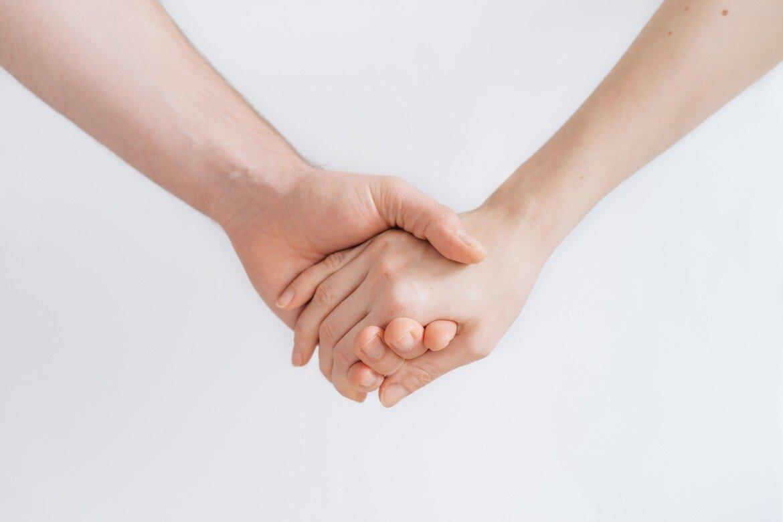 Zusammenhalt Hände